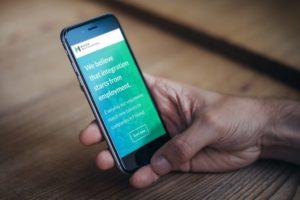Match Made in Startup Refugees -sovellus auki älypuhelimen näytöllä