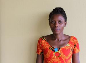 Muotokuva Everlyne Kabasita on Pakolaisavun vanhempi aikuiskoulutuksen toimihenkilö Kampalassa, Ugandassa
